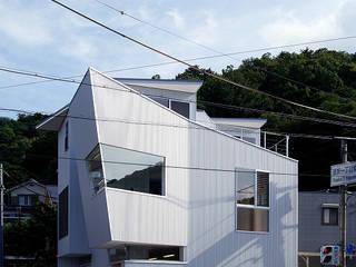Дома на одну семью в . Автор – 塔本研作建築設計事務所, Модерн