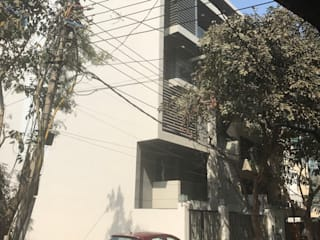 Beatiful house in New Delhi:   by rajivgoyaldesigns