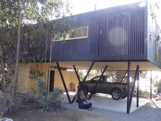m2 estudio arquitectos - Santiago Mediterrane Garagen & Schuppen Eisen/Stahl