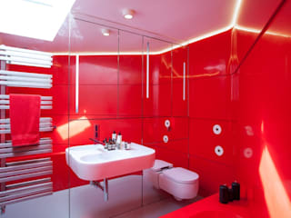 Red Bathroom with Bespoke Krion Bath and Thermoformed Walls :  Bathroom by Solidity Ltd