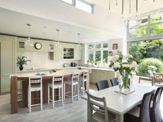 Surbiton, Surrey:  Kitchen by INTERIORS:designed