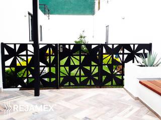 Reja INFINITI Modelo RMXABSTRA063-002: Jardines de estilo minimalista por Rejamex