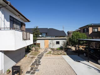 Eclectic style houses by 1-1 Architects 一級建築士事務所 Eclectic
