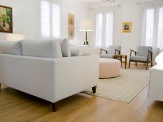 من Tangerinas e Pêssegos - Design de Interiores & Decoração no Porto حداثي