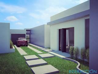 Jardín lateral & Garage: Jardines de estilo moderno por Interacción Arquitectos