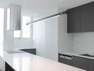 Kitchen by 홍예디자인, Modern