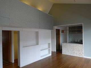 I邸リノベーション ミニマルデザインの リビング の meenaxy design一級建築士事務所 ミニマル