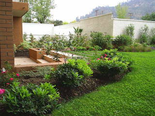Detalle salida jardín Jardines de estilo clásico de homify Clásico