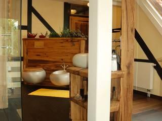 Badezimmer Wellness Rustikale Badezimmer von Pfister Möbelwerkstatt GdbR Rustikal