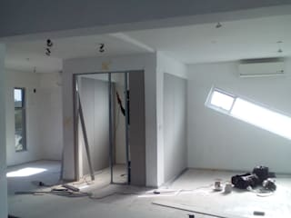 :   by Decoprojects Construction