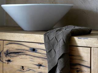 Baños de estilo rural de Molitli Interieurmakers Rural