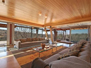 Living Room & Deck:  Living room by Van der Merwe Miszewski Architects