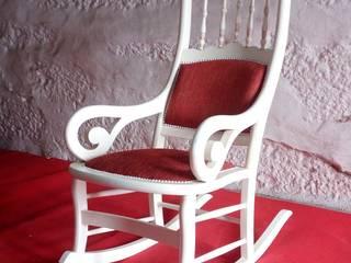 rocking chair:   por BESTSTYLE UNIPESSOAL, LDA