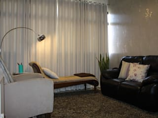Consultório de Piscanalise RM: Clínicas  por Karina Christofaro Arquiteta,Moderno