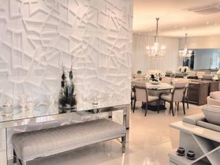 Sala Luxo: Salas de jantar  por Designer Paula Daiane dos Santhos