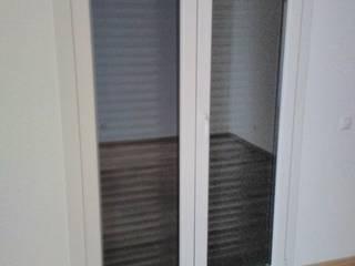 Janela de Abrir - Sacada 2 Folhas: Janelas de PVC  por MEGAFIL - INDÚSTRIA DE CAIXILHARIA, LDA