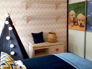 Projecto de decoração de quarto de menino: Quartos de criança escandinavos por Paloma Agüero Design