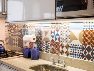Kitchen units by INOVA Arquitetura, Modern