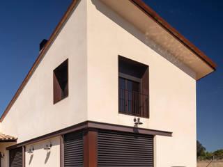 VIVIENDA ALUMINIO GREEN-K Casas de estilo mediterráneo de GREEN PVC Mediterráneo