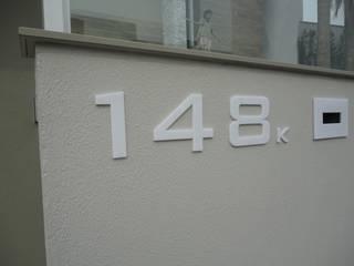 Número Residencial em Acrílico Branco:   por Decoralis