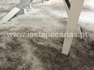 Carpete Sala de Jantar:   por IAS Tapeçarias