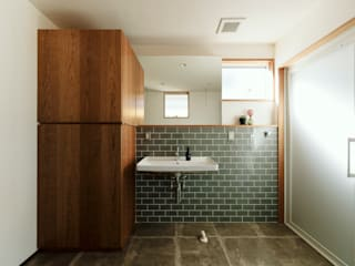 ELD INTERIOR PRODUCTS Eclectic style bathroom Tiles