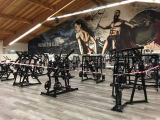 Graffiti Gestaltung Fitnessstudio Schwabmünchen Ausgefallene Geschäftsräume & Stores von Dac Crew Ausgefallen