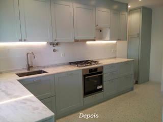 Cozinha - Depois:   por Espaços Renovados