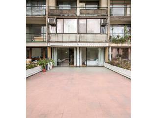 Tерраса в . Автор – Crescente Böhme Arquitectos, Модерн