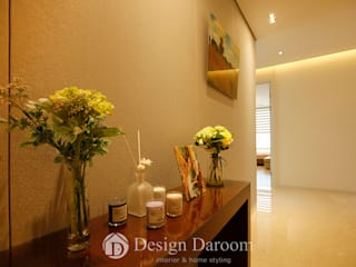 Classic style corridor, hallway and stairs by Design Daroom 디자인다룸 Classic