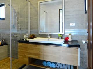 好事文元:  浴室 by houseda