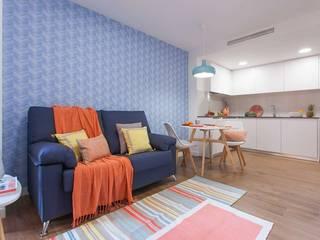 Modern style kitchen by Estudio de Interiorismo Valeria Bonomi Modern