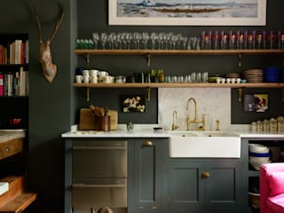 deVOL Kitchens Eclectic style kitchen Solid Wood Grey