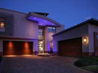 Ebotse Estate: modern Houses by Vision Tribe