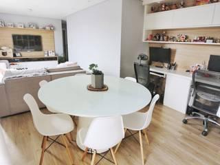 Ruang Keluarga Modern Oleh Studio M Arquitetura Modern