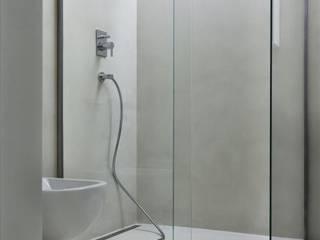 Beton architektoniczny w łazience, umywalki betonowe - inspiracje od Luxum Industrialna łazienka od Luxum Industrialny