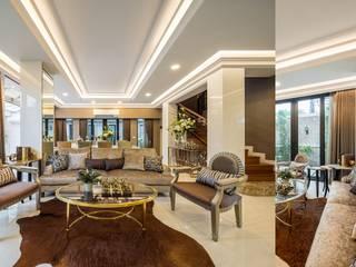 G-Stark Architecture – Beyaz Home: akdeniz tarzı tarz Oturma Odası
