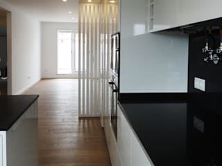 Remodelação interior apartamento Esgueira- Aveiro Cozinhas modernas por GAAPE - ARQUITECTURA, PLANEAMENTO E ENGENHARIA, LDA Moderno