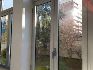 Fenêtres de style  par MITA Tende da Sole Torino