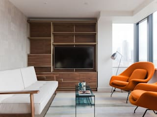 Mid-century London Apartment Modern living room by Sara Slade Interiors Modern