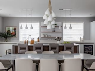 Contemporary Cambridge Townhouse Classic style kitchen by Sara Slade Interiors Classic