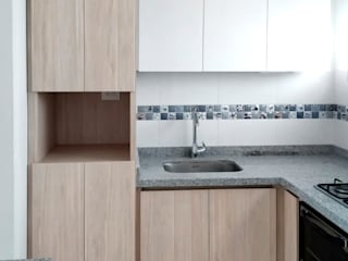 Built-in kitchens by Remodelar Proyectos Integrales, Modern