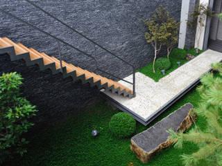黃耀德建築師事務所 Adermark Design Studio Сходи