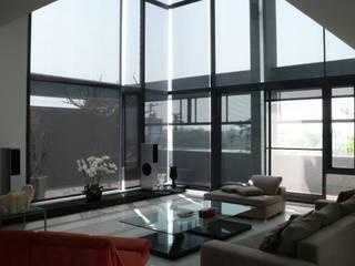 黃耀德建築師事務所 Adermark Design Studio Вітальня