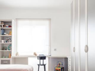 Casa CP - Un appartamento moderno Camera da letto moderna di Studio Vetroblu_Stefano Ferrando Moderno