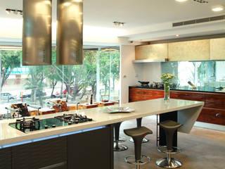 黃耀德建築師事務所 Adermark Design Studio KitchenKitchen utensils