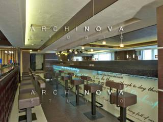 """Ресторан """"Bar London"""": Столовые комнаты в . Автор – ООО 'АрхиНОВА и К'"""