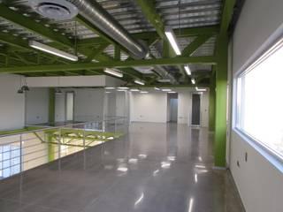 Oficinas Corporativas de eit.a Moderno