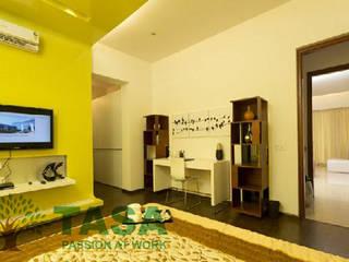 Bedroom and cabinet :   by TASA interior designer