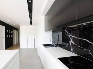 Aneks kuchenny: styl , w kategorii Kuchnia zaprojektowany przez Ajot pracownia projektowa